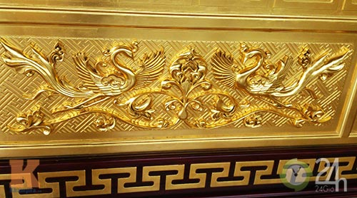 Chiêm ngưỡng đền thờ dát vàng giá ngàn tỷ tại Việt Nam 5