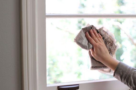 Vài cách đơn giản giúp lau sạch cửa kính 1