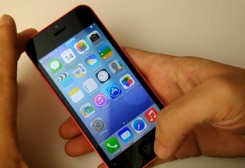 """Xuất hiện """"iPhone 5C"""" Android giá 2,5 triệu đồng 1"""