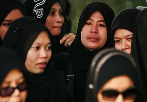 Đẫm nước mắt tang lễ 2 phi công vụ MH17 4