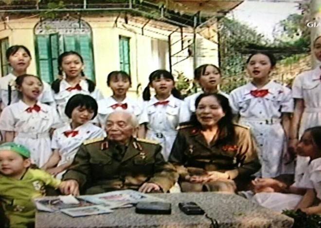 Nghệ sĩ Việt cảm động chia sẻ ảnh và kỷ niệm bên Đại tướng 2