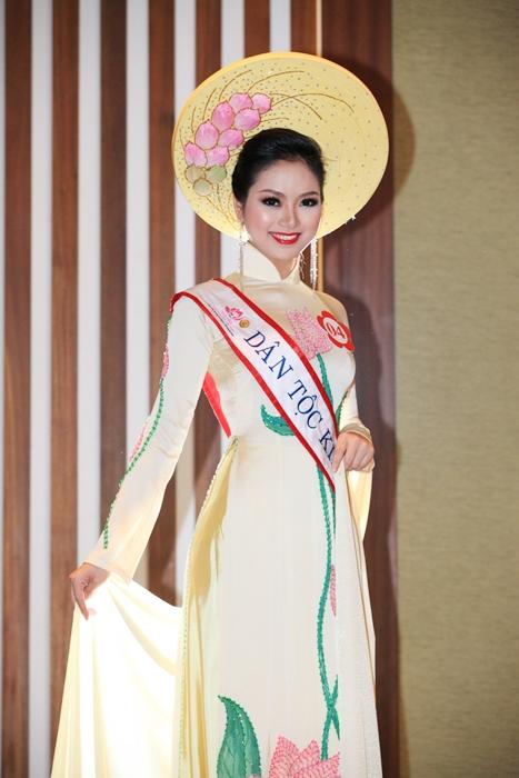 """Ảnh """"độc"""" của tân Hoa hậu dân tộc Ngọc Anh 11"""