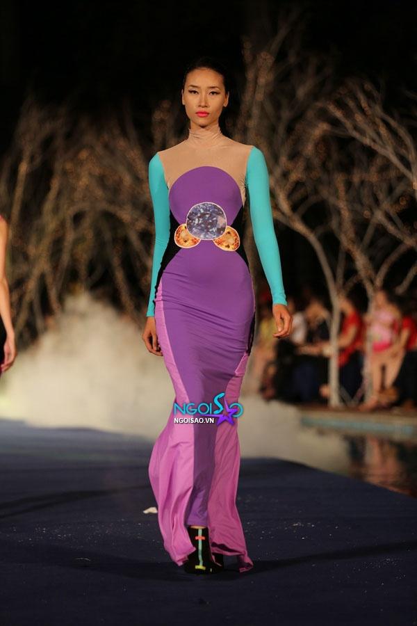 Hoa hậu Thùy Dung, Diễm Hương quyến rũ trong trang phục màu sắc 7