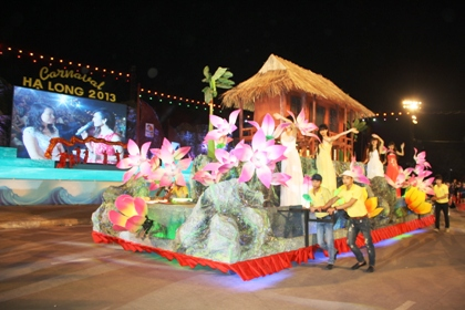 Ngắm hình ảnh rực rỡ tại lễ hội Carnaval Hạ Long 2013 9