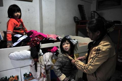 Cuộc sống của người đàn bà nhặt rác với hơn 30 đứa trẻ 6