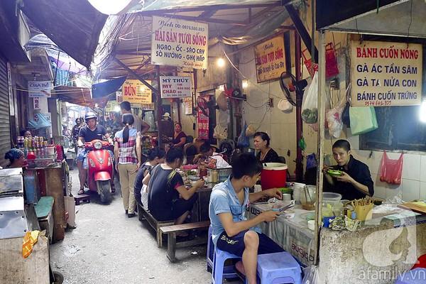 Khám phá những món ngon mà rẻ tại ngõ Đồng Xuân 18