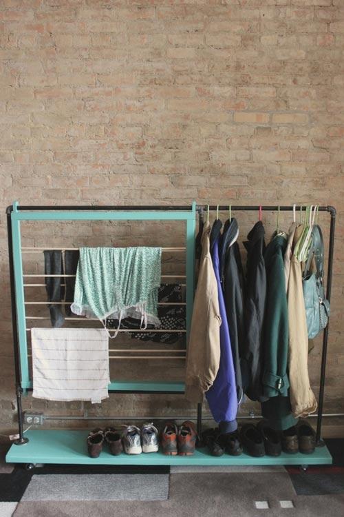 Mẹo xếp đồ trong tủ quần áo quá nhỏ 1