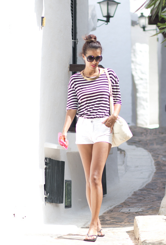 Phối đồ nổi bật cùng 4 kiểu quần trắng phổ biến cho nàng công sở 17