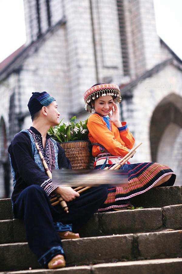 Ảnh cưới độc đáo của các cặp vợ chồng sao Việt 19