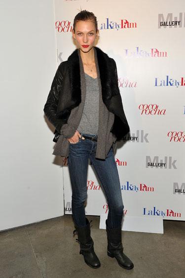 Học cách mặc quần jean nữ đẹp như sao Hollywood 14