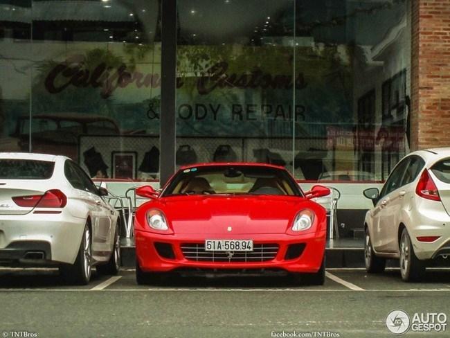 Những siêu xe Việt khiến báo nước ngoài 'choáng' 2