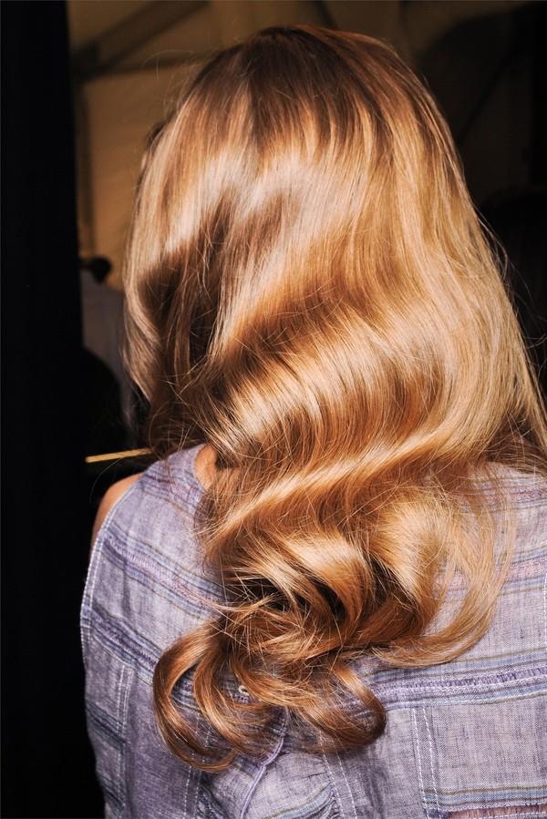 5 kiểu tóc mùa thu lãng mạn, dễ áp dụng 9