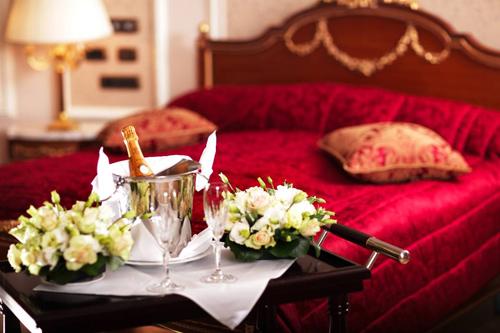 Để hôn nhân mỹ mãn, phải xem giường cưới 1