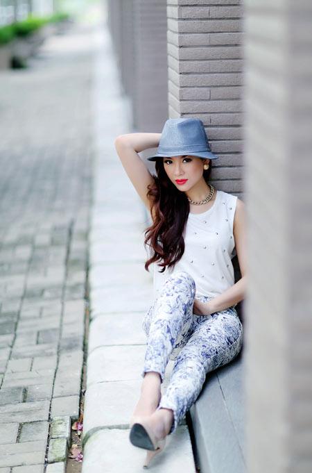 Hoa hậu Yến Nhi duyên dáng cùng nón thu 9