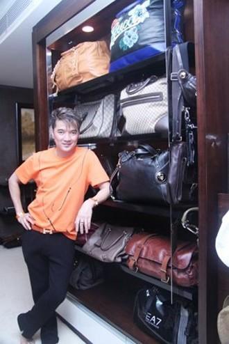Nhà lầu, xe sang và BST vali hàng hiệu của Đàm Vĩnh Hưng 16