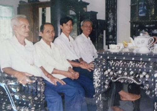 Những 'cục gỗ' tiền tỷ của đại gia Việt 11