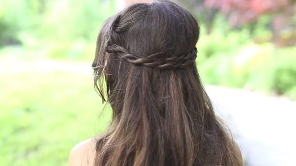 Tự thực hiện 3 kiểu tóc dịu dàng cho mùa thu 27