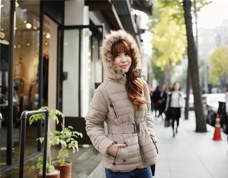 """Bí quyết mặc ấm và phong cách cho những ngày đi làm trời """"siêu lạnh"""" 31"""