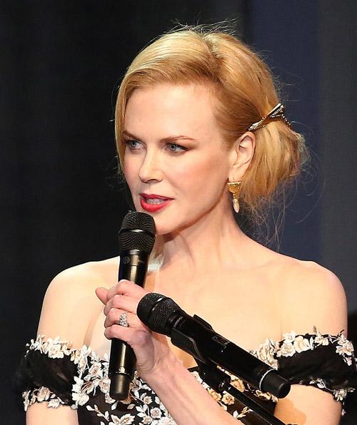 Vấn tóc đẹp như Nicole Kidman 11