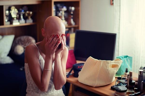 Cô dâu bị ung thư đẹp ngỡ ngàng trong ngày cưới 1