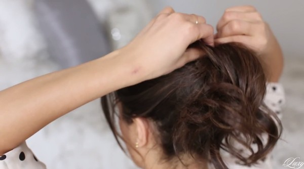 3 kiểu tóc nhanh gọn, điệu đà cho ngày trễ giờ làm 12