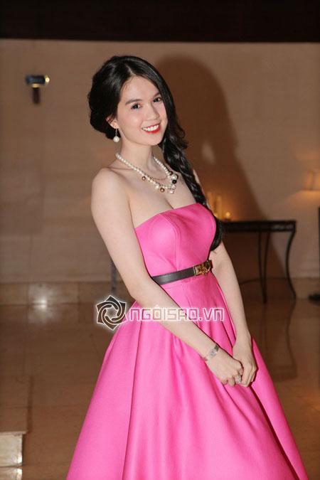 Ngọc Trinh hàng hiệu dát đầy mình vẫn lép vế trước hoa hậu hoàn vũ Thái Lan 2