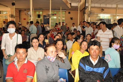 Thủ tướng Nguyễn Tấn Dũng: Phải quyết liệt giảm tải bệnh viện 1