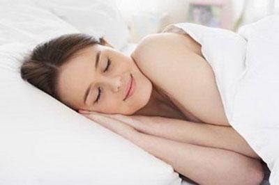 """Ngủ """"nuy"""" và lợi ích bất ngờ đối với phụ nữ 1"""