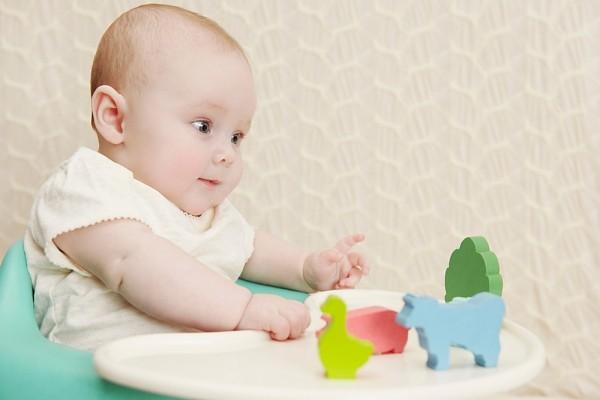 Đặc trưng tính cách ở bé 1 tuổi mẹ nên biết 1