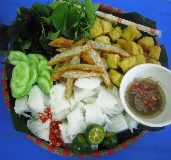 Đi ăn bún đậu ngon, rẻ phố Hàng Khay 1