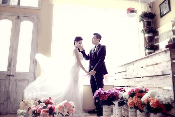 Chiêm ngưỡng ảnh cưới đẹp long lanh của Hoa hậu Biển Vân Anh 4