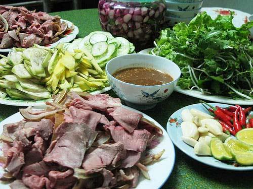 Khám phá 10 món ăn hấp dẫn nhất Đà Nẵng 7