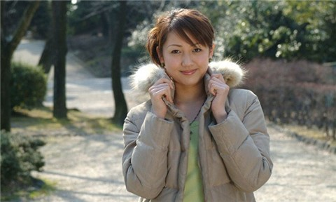 Ngắm vẻ đẹp hoàn hảo của nữ tỷ phú trẻ nhất Trung Quốc 3