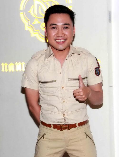 Hoảng hồn cảnh Cindy Thái Tài áp má Don Nguyễn vào bộ ngực đồ sộ 6