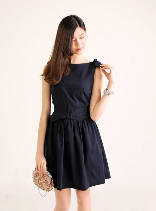 3 loại váy cực mát mẻ cho nàng công sở 12