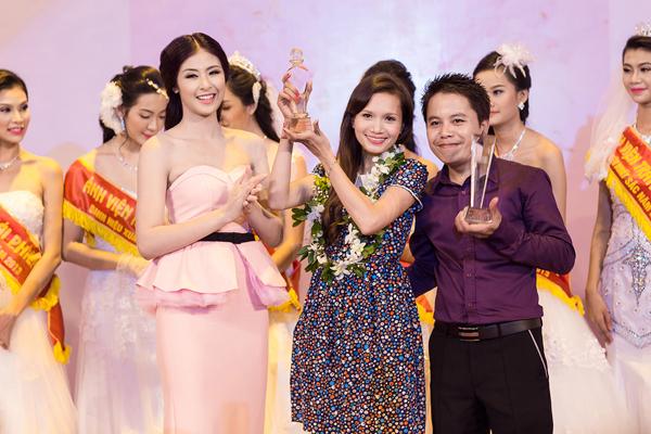 Hoa hậu Ngọc Hân ngày càng đẹp và trắng 7