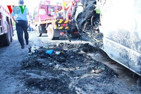 Hình ảnh vụ tai nạn thảm khốc tại Thái Lan làm 12 người Việt tử nạn 7