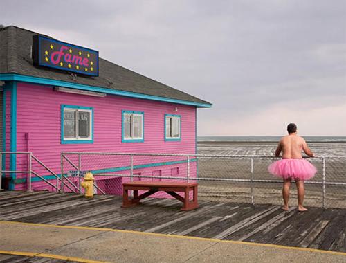 Chồng mặc váy hồng ủng hộ vợ chữa ung thư 10