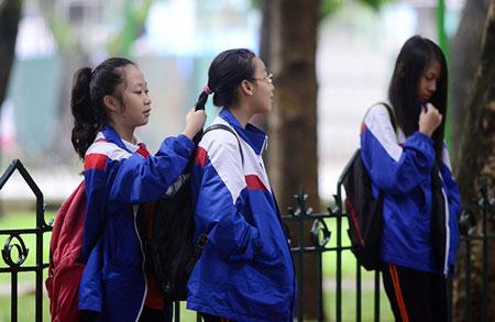Người Hà Nội ngày đầu mặc áo rét 1