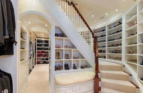 Chiêm ngưỡng tủ đồ thời trang của Victoria Beckham 2