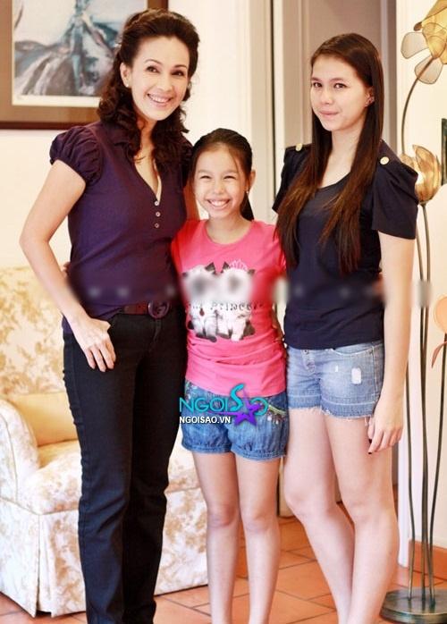 """Những cặp mẹ - con sao Việt trẻ trung như... """"hai chị em"""" 7"""