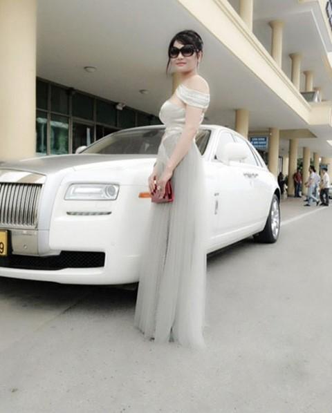 Bộ sưu tập siêu xe của các nữ đại gia Việt 9