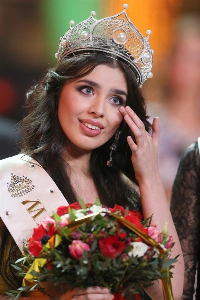 Đọ nhan sắc Trương Thị May và các Hoa hậu Hoàn vũ châu Á 14