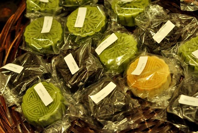 Các kiểu bánh Trung thu độc đáo ở Hà Nội 13