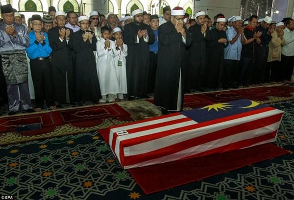 Đẫm nước mắt tang lễ 2 phi công vụ MH17 6
