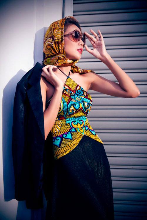 Tận mắt so sánh nhan sắc mỹ nhân Việt cùng diện áo yếm 13
