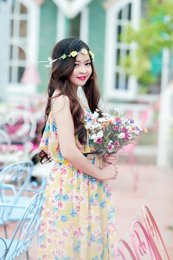 Váy maxi sắc màu lãng mạn cho bạn gái mùa thu 2