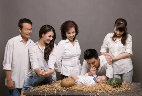 Hồng Quế khoe ảnh gia đình đẹp lung linh 3