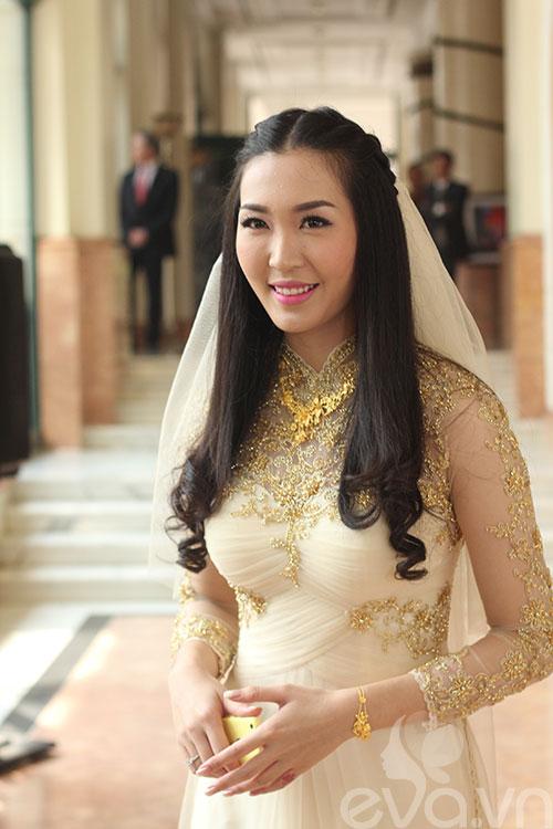 Cận cảnh đám cưới cổ tích của Á hậu Thùy Trang 12