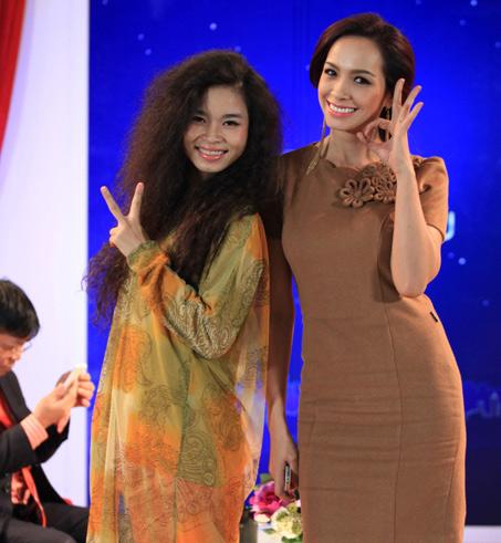 Bàng hoàng gu thời trang kỳ quặc của sao Việt 5